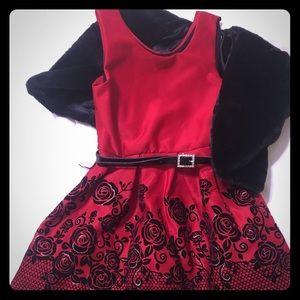 Beautiful knit works formal girls dress.